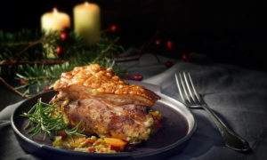 Χοληστερίνη: Πόσο επηρεάζουν οι γιορτές