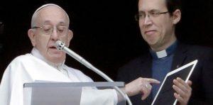 Εφαρμογή στα κινητά για προσευχή ευλόγησε ο Φραγκίσκος