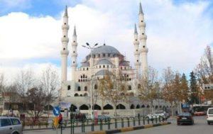 Αλβανία: Με τουρκικές λίρες ανοίγουν τζαμί – Το μεγαλύτερο στα Βαλκάνια