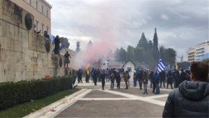 Συλλαλητήριο για ΜΑΚΕΔΟΝΙΑ: Αγιο Ορος, Ιεράρχες και πάνω από 1 εκατ. λαού- Κι η προβοκάτσια!