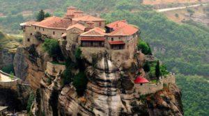 Οι Ρώσοι επιλέγουν Ελλάδα – Πόλος έλξης ο θρησκευτικός τουρισμός