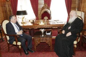 Συνάντηση του Αρχιεπισκόπου με τον Γ. Κουμουτσάκο (ΦΩΤΟ)