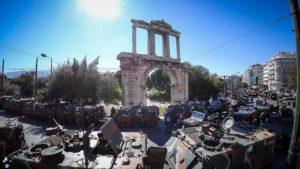 25η Μαρτίου -Live η στρατιωτική παρέλαση παρουσία πλήθους Αθηναίων