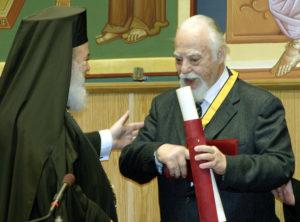 Εξεδήμησε ο Νικόλαος Μουτσόπουλος, καθηγητής που είχε τιμηθεί από την Εκκλησία