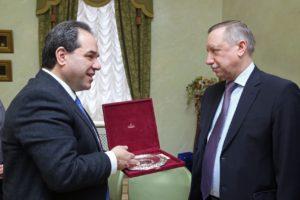 Στη Ρωσία ο πολιτικός διοικητής του  Αγίου Ορους- Όλες οι επαφές