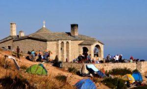Από το εκκλησάκι – καταφύγιο 1.500μ. έως την κορυφή του Αθωνα 2.033μ.
