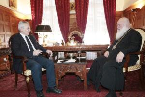 Με βουλευτές και τον πρέσβη των ΗΑΕ συναντήθηκε ο Αρχιεπίσκοπος