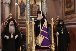 Ο Αρχιεπίσκοπος στην Ακολουθία των Παθών στη Μητρόπολη Αθηνών (ΦΩΤΟ)