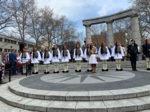 Ομογένεια Νέας Υόρκης : Έπαρση Ελληνικής Σημαίας με τους Εύζωνες
