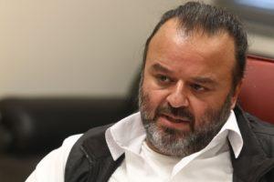 Ο Μάριος Ηλιόπουλος κοντά στους πληγέντες