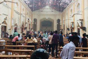 ΕΚΤΑΚΤΟ- Σρι Λάνκα: Πάνω από 100 νεκροί και 280 τραυματίες σε εκκλησίες στο Πάσχα των Καθολικών