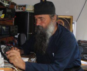 Άγιο Όρος: Εκοιμήθη ο Οικονόμος της Ι. Μ. Δοχειαρίου Γέροντας Απολλώ