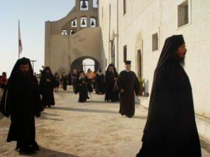 Σαντορίνη: Η ιστορία της Ιεράς Μονής Προφήτη Ηλία