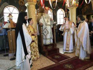 Εορτή Αγίων Κωνσταντίνου και Ελένης στη Μητρόπολη Θηβών (ΦΩΤΟ)