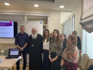Σε εκδήλωση του «Καρέλλειου» για την άνοια στα Οινόφυτα ο Αρχιεπίσκοπος (ΦΩΤΟ)