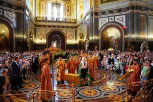 Παιδιά έψαλλαν μαζί με τον Πατριάρχη Μόσχας Κύριλλο (ΦΩΤΟ)