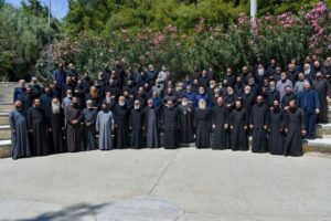 Στη Χαλκιδική η Ιερατική Σύναξη της Μητρόπολης Νεαπόλεως (ΦΩΤΟ)