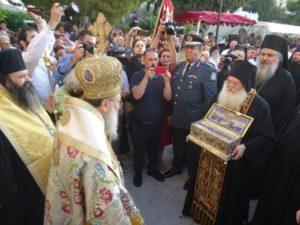 Η Κόρινθος προσκυνά την Αγία Ζώνη (ΦΩΤΟ)