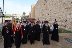 Ο Φθιώτιδος Νικόλαος και προσκυνητές στους Αγίους Τόπους (ΦΩΤΟ)