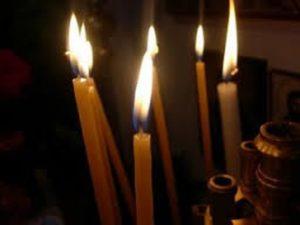 Για ποιο λόγο ανάβουμε κεριά και καντήλια;