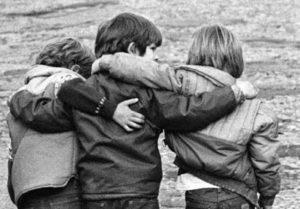 Αγαπάτε τους φίλους σας;