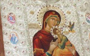 Η Ιερά Εικόνα της Παναγίας «Φοβεράς Προστασίας» από το Άγιον Όρος στον Πλωμάρι