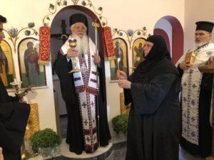 Θυρανοίξια Ι. Ν. Αγίου Αρσενίου στο Ησυχαστήριο Αγίου Νεκταρίου Θηβών (ΦΩΤΟ)
