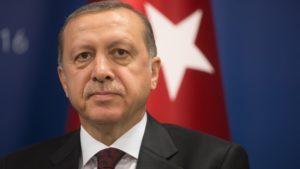 Η ασυδοσία του Ερντογάν βυθίζει την Τουρκία στο σκοτάδι