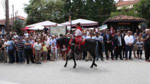 Δεκαπενταύγουστος: Οι καβαλάρηδες στη Σιάτιστα