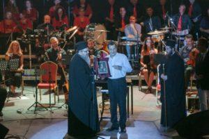 Μεγάλη επιτυχία η συναυλία του Σταμάτη Σπανουδάκη στη Λάρισα (ΦΩΤΟ)