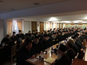 Ιερατική σύναξη στη Μητρόπολη Λαρίσης (ΦΩΤΟ)