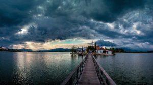 Αποκαλυπτικό βιβλίο για την Μονή Βατοπαιδίου και την Λίμνη Βιστωνίδα!