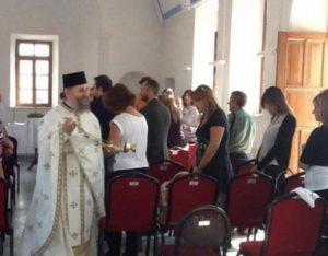 Ξαναλειτούργησε 97 χρόνια μετά την Καταστροφή η εκκλησία του Τιμίου Σταυρού