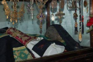 Η Φοινικιά του Αγίου Σάββα που φέρνει παιδιά στις άτεκνες