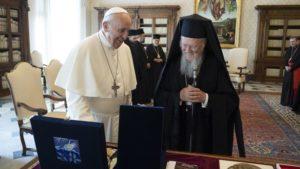 Σε καλό κλίμα η συνάντηση Βαρθολομαίου-Φραγκίσκου (ΒΙΝΤΕΟ)