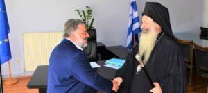 Εθιμοτυπική επίσκεψη του Κεφαλληνίας Δημητρίου στο δήμαρχο Αργοστολίου