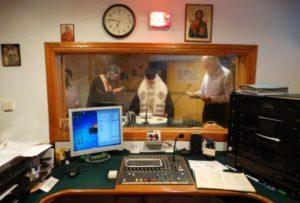 Αγιασμός στο ραδιοφωνικό σταθμό της Μητρόπολης Καλαβρύτων