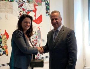 Η Κεραμέως υποδέχθηκε τον  Υπουργό Παιδείας της Κύπρου
