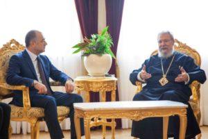 Ο υπουργός Αμυνας του Λιβάνου στον Αρχιεπίσκοπο Κύπρου (ΦΩΤΟ)
