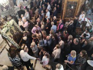 Βύρωνας: Κοσμοσυρροή για το Προσκύνημα της Εικόνας της Παναγίας της Κανάλας (ΦΩΤΟ)