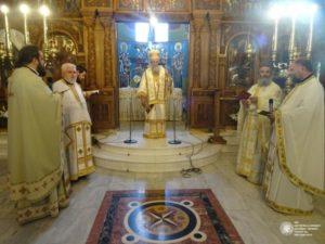 Αρχιερατική Θεία Λειτουργία από τον Κορίνθου Διονύσιο (ΦΩΤΟ)