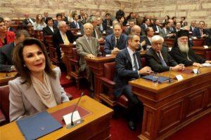Ο Αρχιεπίσκοπος στην παρουσίαση της Επιτροπής «Ελλάδα 2021»- Μέλος ο Δημητριάδος Ιγνάτιος