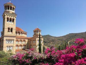 Μια μέρα στο μοναστήρι του Αγίου Νεκταρίου (ΦΩΤΟ)