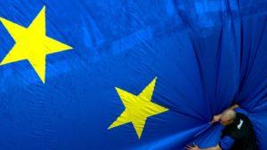 Ο ύπουλος στόχος της Ε.Ε. είναι να σπάσει τα έθνη