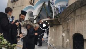 Πέραμα: Η αναχώρηση των Ιερών Λειψάνων της Αγίας Ματρώνας της Αομμάτου