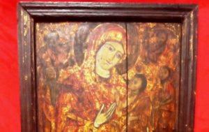Εβαλε αγγελία στο διαδίκτυο! Πουλούσε 100.000 ευρώ εικόνα της Παναγίας -ΣΥΛΛΗΨΕΙΣ