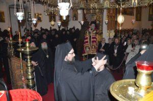 Ρασοφορία μοναχού στην Αγία Τριάδα Τζαγκαρόλων