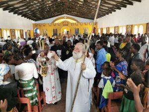 Ο Αλεξανδρείας Θεόδωρος κοντά στα παιδιά
