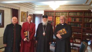 Ο Επίσκοπος Ρόμπερτ της Αγγλικανικής Εκκλησίας στον Κερκύρας Νεκτάριο