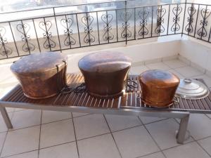 Παραδοσιακό μαγείρεμα σε χάλκινα σκεύη…